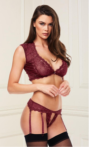 Sensual bra set with crotchless panty