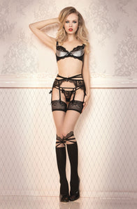 Exquisite stockings with knee details
