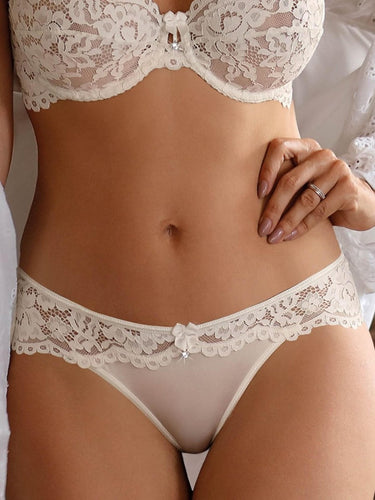 Creamy lace brief