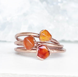 Dainty Carnelian Stone Ring, Delicate Healing Crystal Jewelry, Tiny Carnelian Crystal Ring, Healing Crystal Gift, Raw Stone Stacking Ring