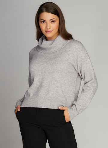Long Sleeve Crop Turtleneck Sweater