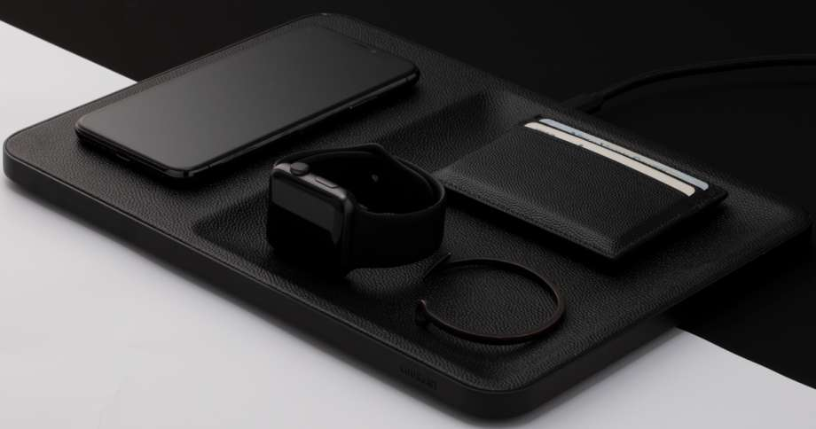 WIRELESS LEATHER CHARGER AND ACCESSORY ORGANIZATION - BLACK