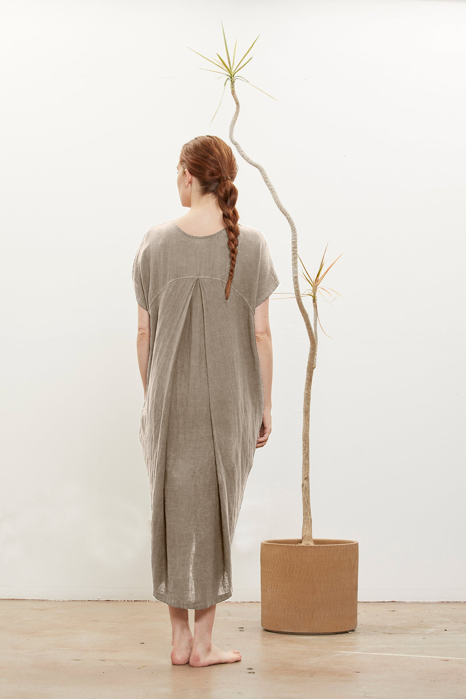 PLEATED COCOON DRESS - NATURAL