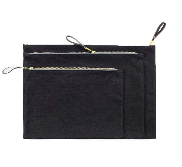 WAXED CANVAS ZIP FOLIO - BLACK