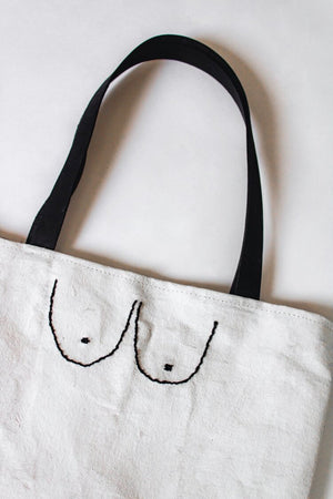 BUST TOTE