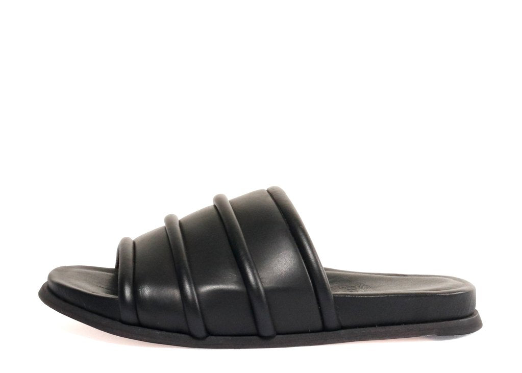 LAKE2 LEATHER SANDALS - BLACK