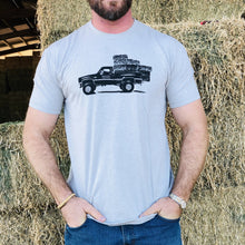 Load image into Gallery viewer, UNISEX Square Body Hauler Tee - Heather Grey