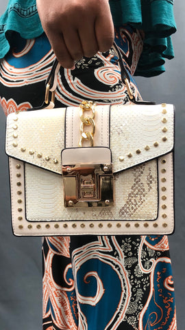 Owning It Handbag (Snake) - Peach
