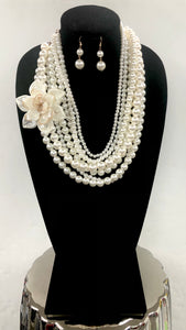Pearl Flower Necklace Set - CREAM