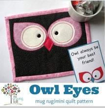 Owl Eyes Mini Quilt / Mug Rug