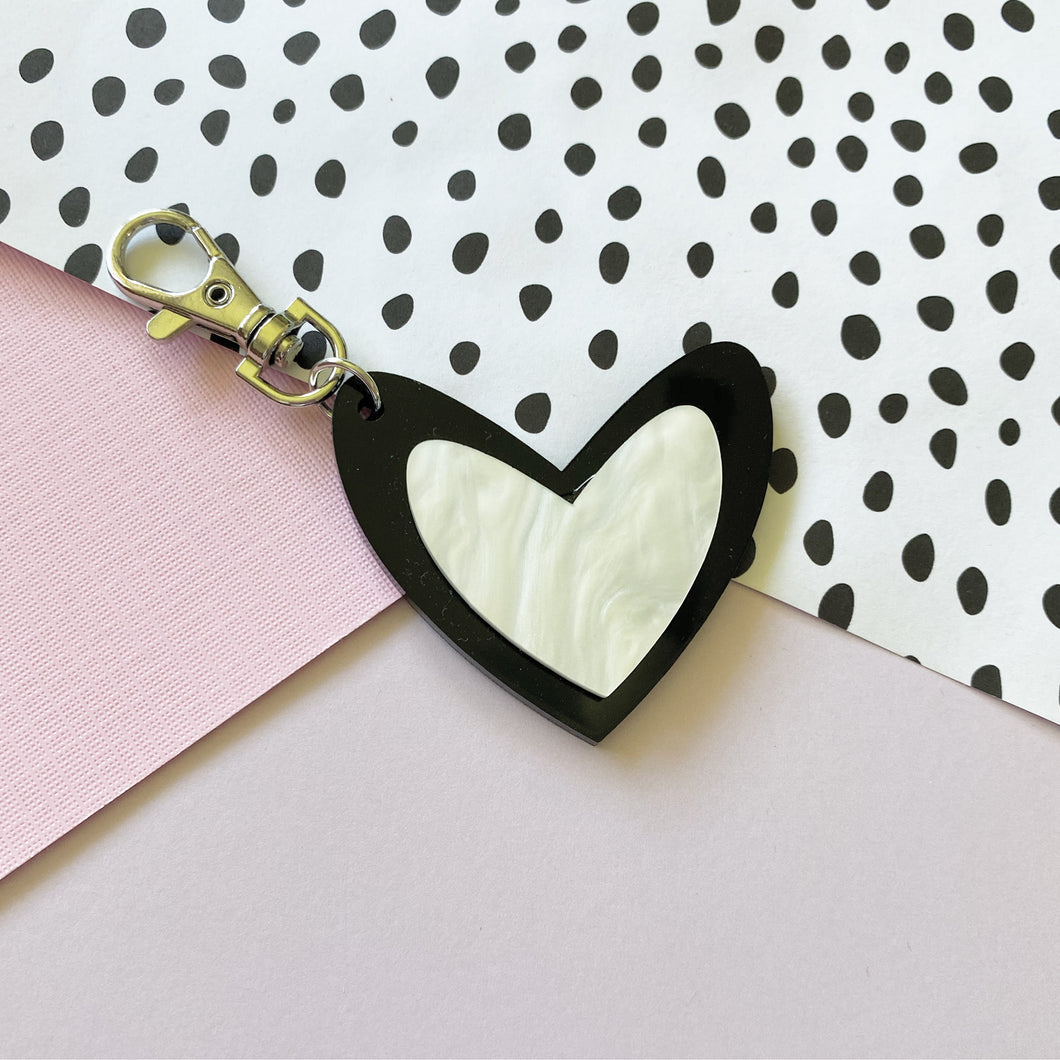 Pearl and Black 'Spread The Love' Keyring Ring