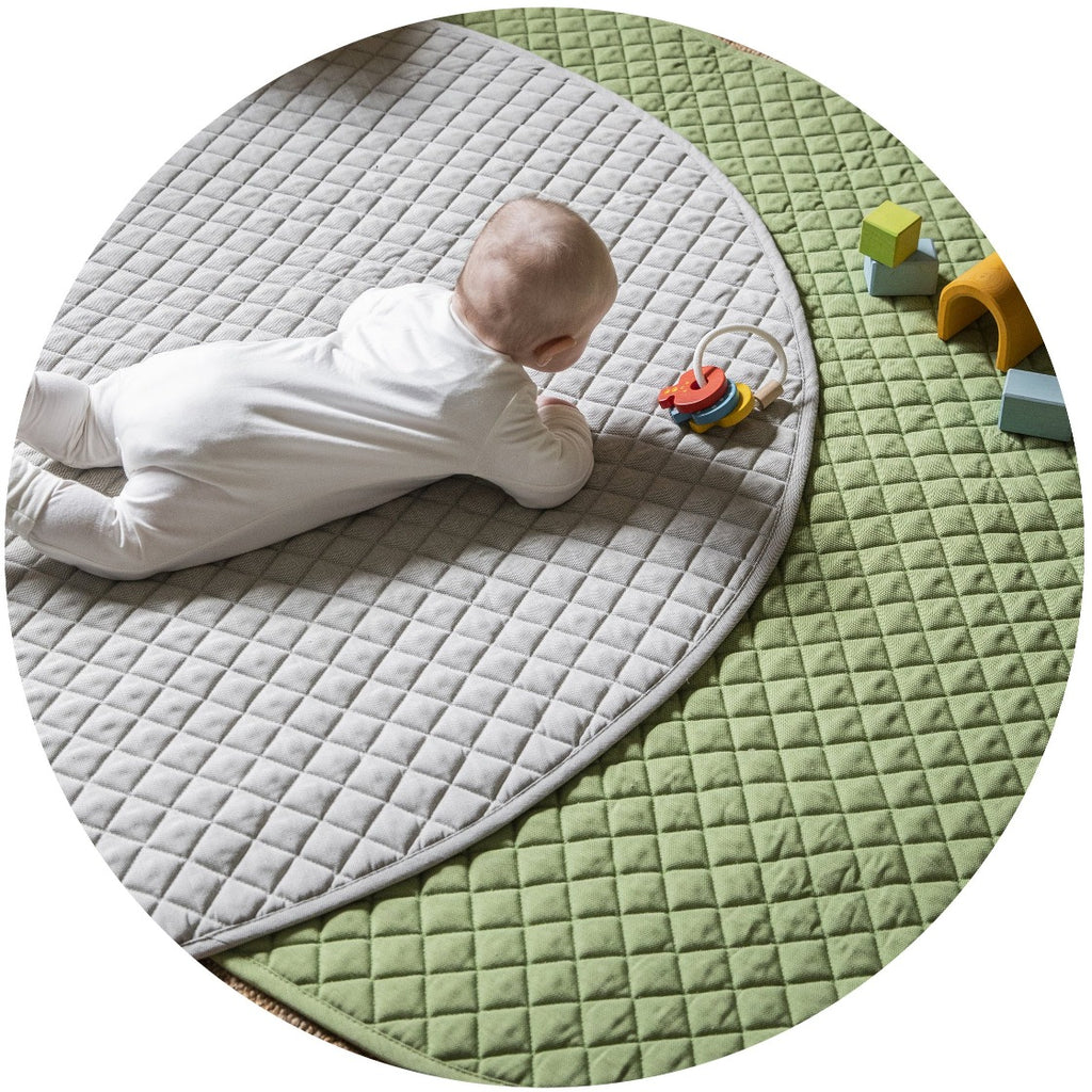 playmat oval • sage