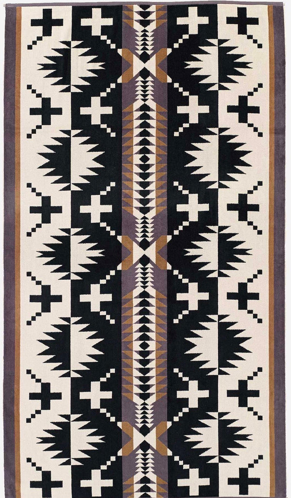 PENDLETON - OVERSIZED JACQUARD TOWEL -  Spider Rock