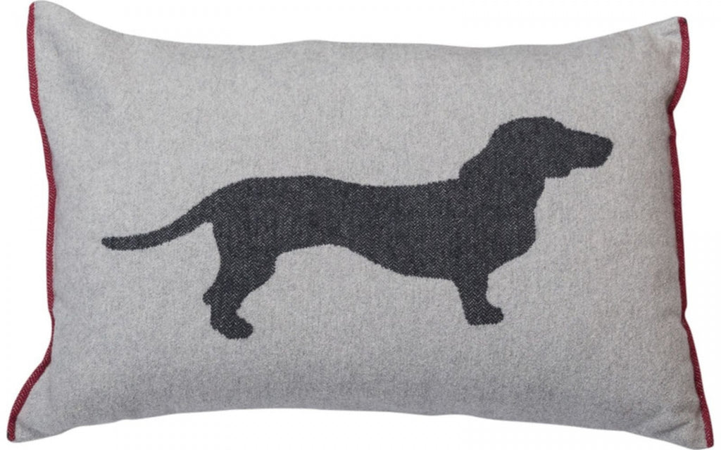 DAVID FUSSENEGGER - DACSHUND CUSHION 60 x 40cm
