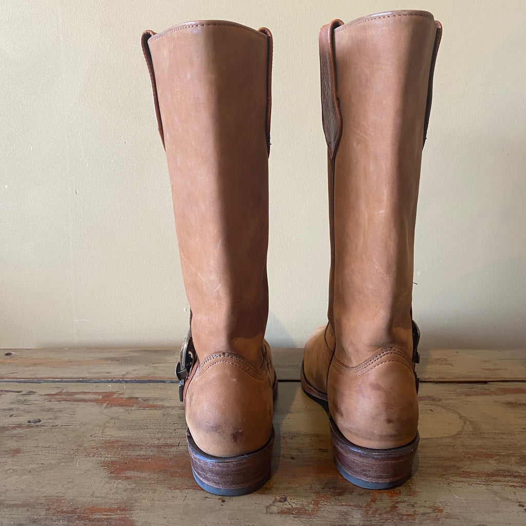 LETS EXPLORE - MOUNTAIN sticker book