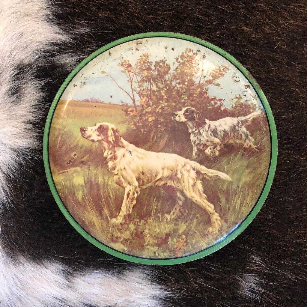 VINTAGE TINS -   Vintage sweets tin by 'Yorker' Confectionery tin with hunting dogs English Setters on the lid