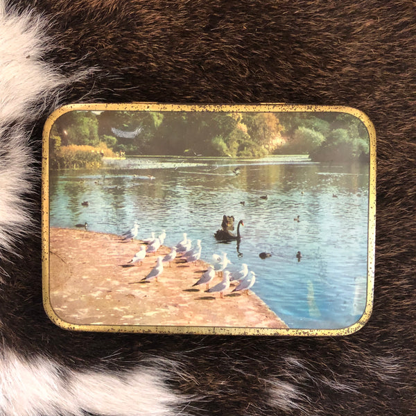 VINTAGE TINS - Swans on the lake - SWEETACRES