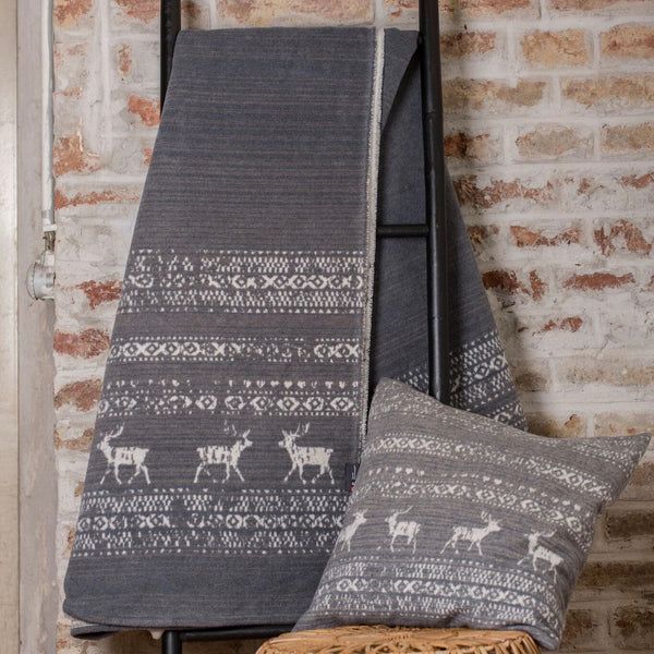 DAVID FUSSENEGGER- MONTANA ALPINE BORDER Throw - GREY