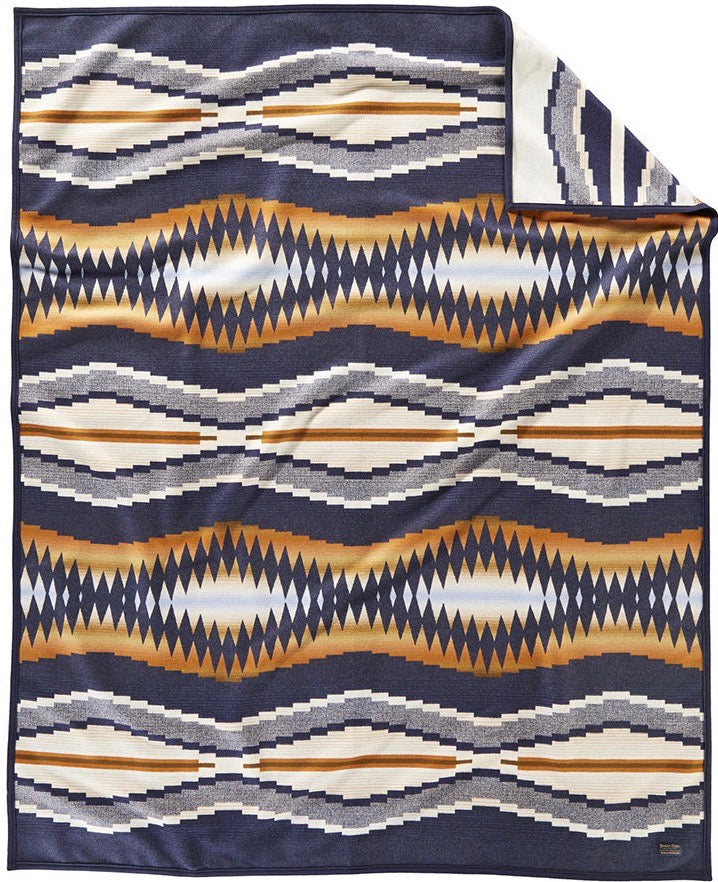 PENDLETON - CRESCENT BAY Blanket Robe