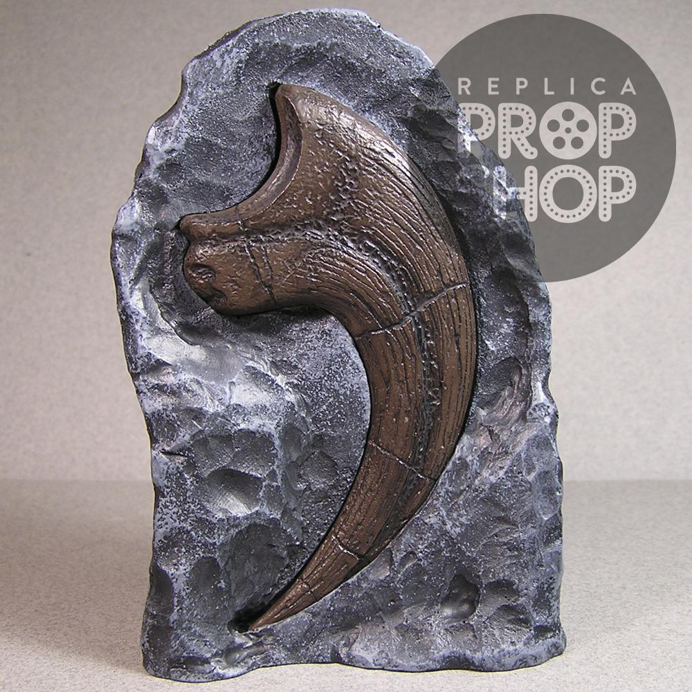 Raptor Claw Replica with Vertical Display