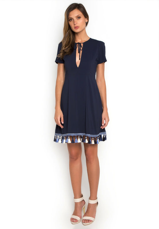 Trimmed Hem Casual Dress frontside