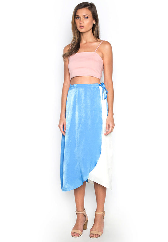 Contrast Swing Skirt frontside