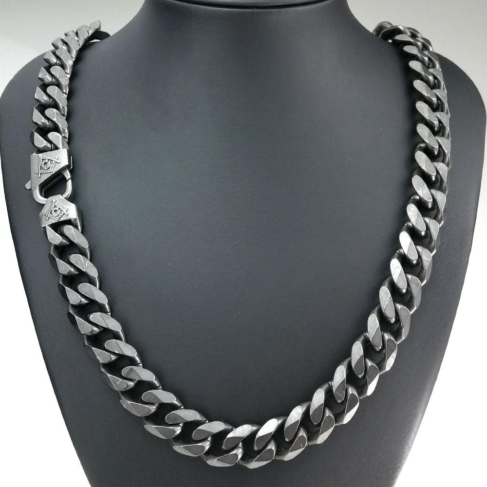 Discrete Masonic Chain Necklace - Bricks Masons