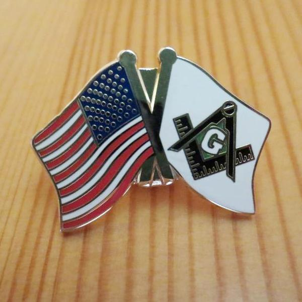 USA and Mason Crossed Friendship Masonic Lapel Pin - Bricks Masons