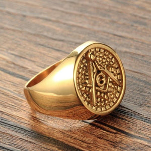 Classic Vintage Golden Masonic Ring - Bricks Masons