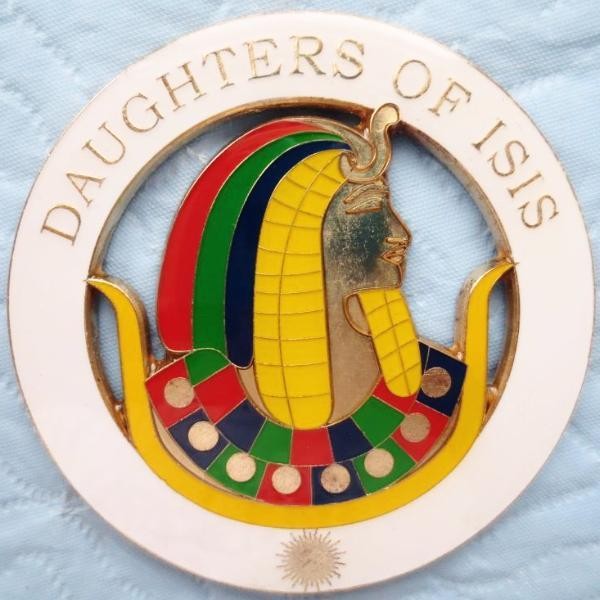 DAUGHTERS OF ISIS Car Emblem - Bricks Masons