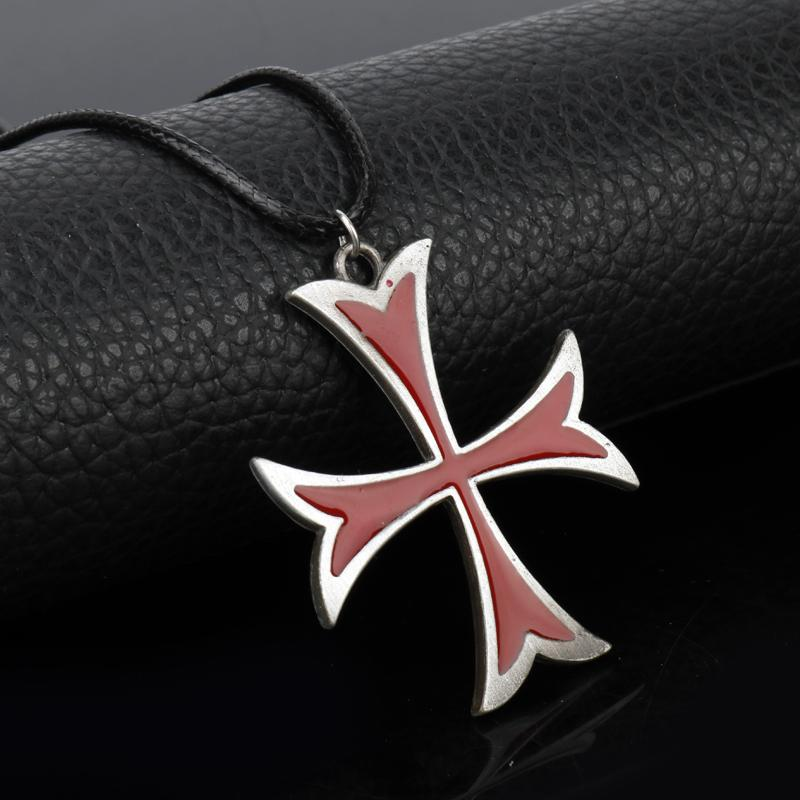 Medieval Knights Templar Cross Necklace - Bricks Masons