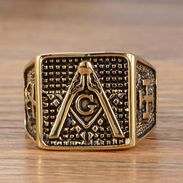 Bold Gold Color Knights Templar Masonic Ring - Bricks Masons