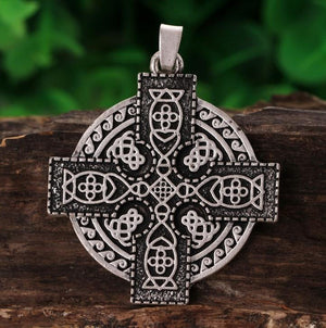 Medieval Celtics Cross Necklace - Bricks Masons