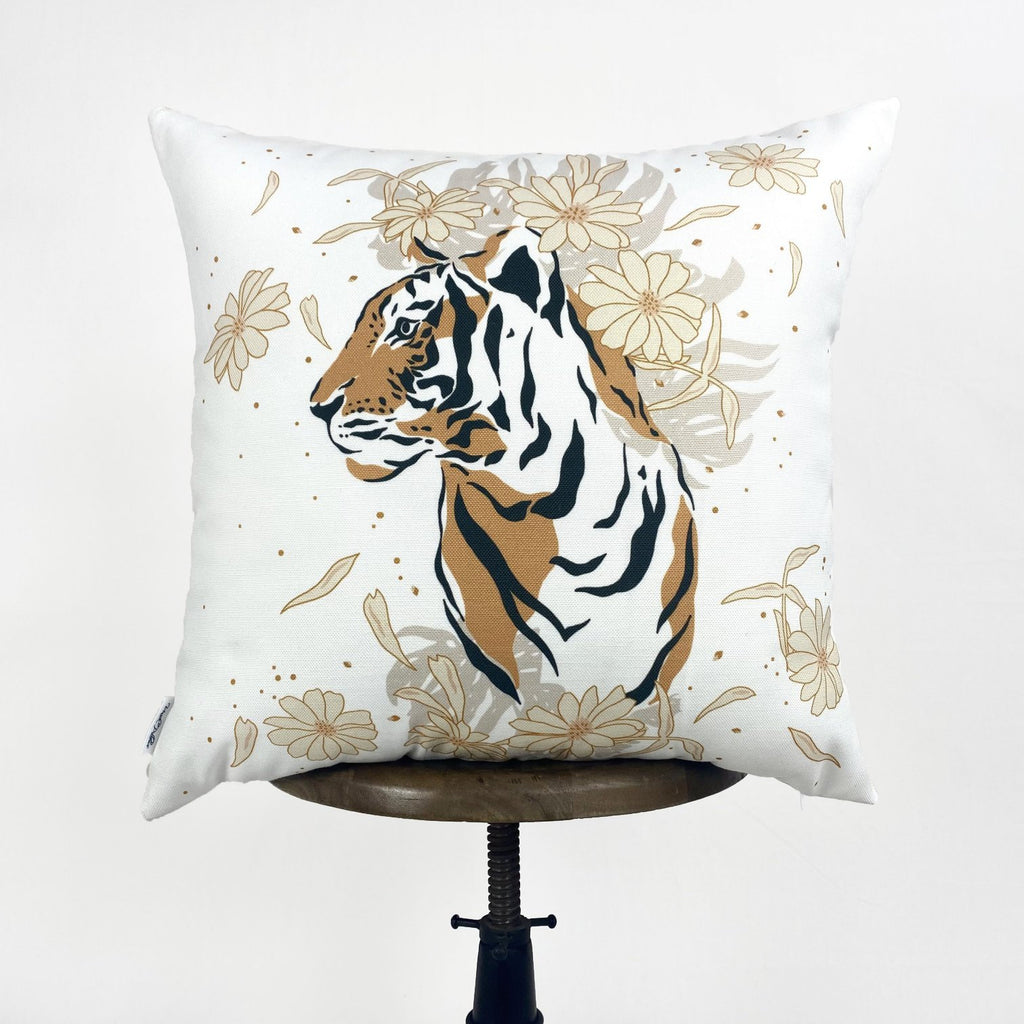 Tiger Face | Tiger Decor | Tiger Print | Leaves | Decorative Pillows | Mom Gift | Home decor | Room Decor | Bedroom Decor | Throw Pillows