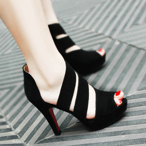 Black Pure Color Hollow High Heels Shoes - lolabuy