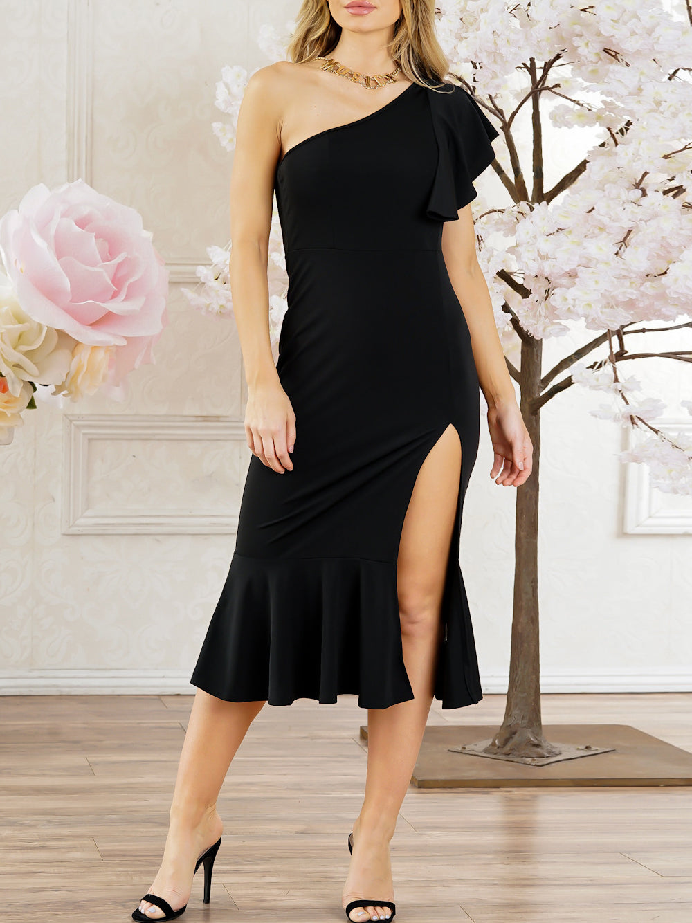 Asymmetric Neck  Plain Bodycon Dress - lolabuy