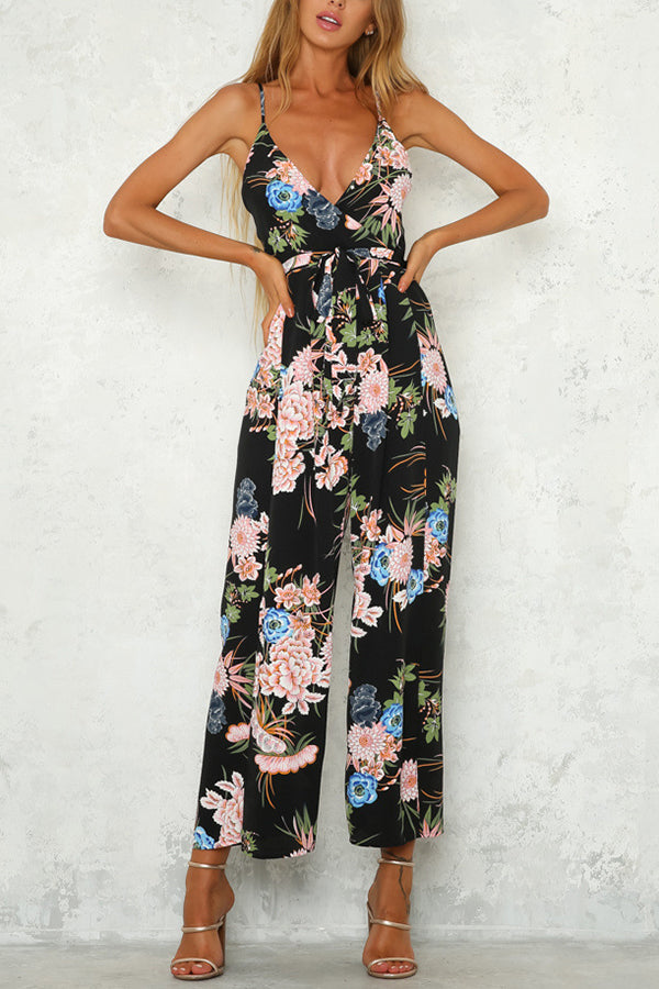 Sexy Fashion Deep V Sleeveless Vacation Jumpsuit