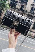 Fashion Plain Rivet One Shoulder Chain Bag - lolabuy