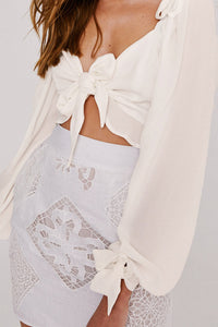 Sexy Plain Deep V Collar Bowknot Shoulder Front Puff Long Sleeve Crop Blouse - lolabuy