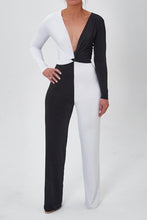 Sexy Black & White Deep V Collar Long Sleeve Jumpsuit
