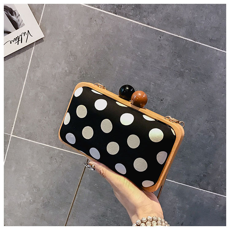 Fashion Nifty Rectangle Dot Buckle Opening Chain One Shoulder Small Bag