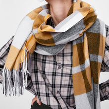 Casual Chic Sweet Rectangle Woolen Spinning Plaid Thermal Scarf - lolabuy