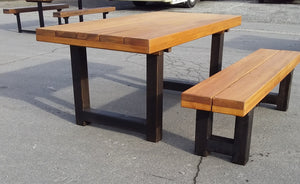 Caesar U leg table