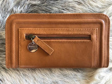 Victoria Leather Wallet Tan