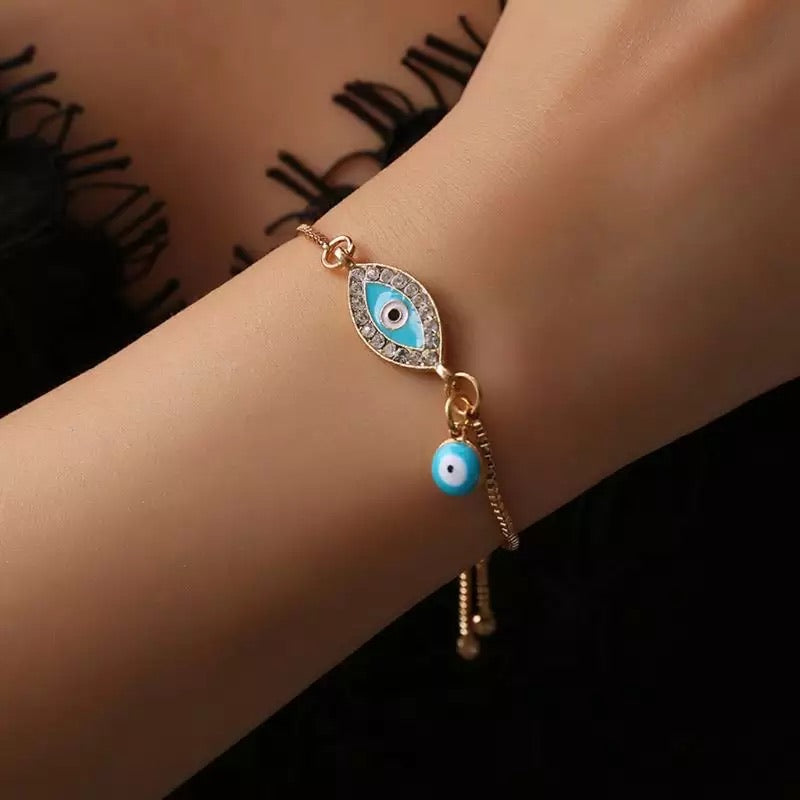 Unconditional Love Evil Eye Gold Bracelet