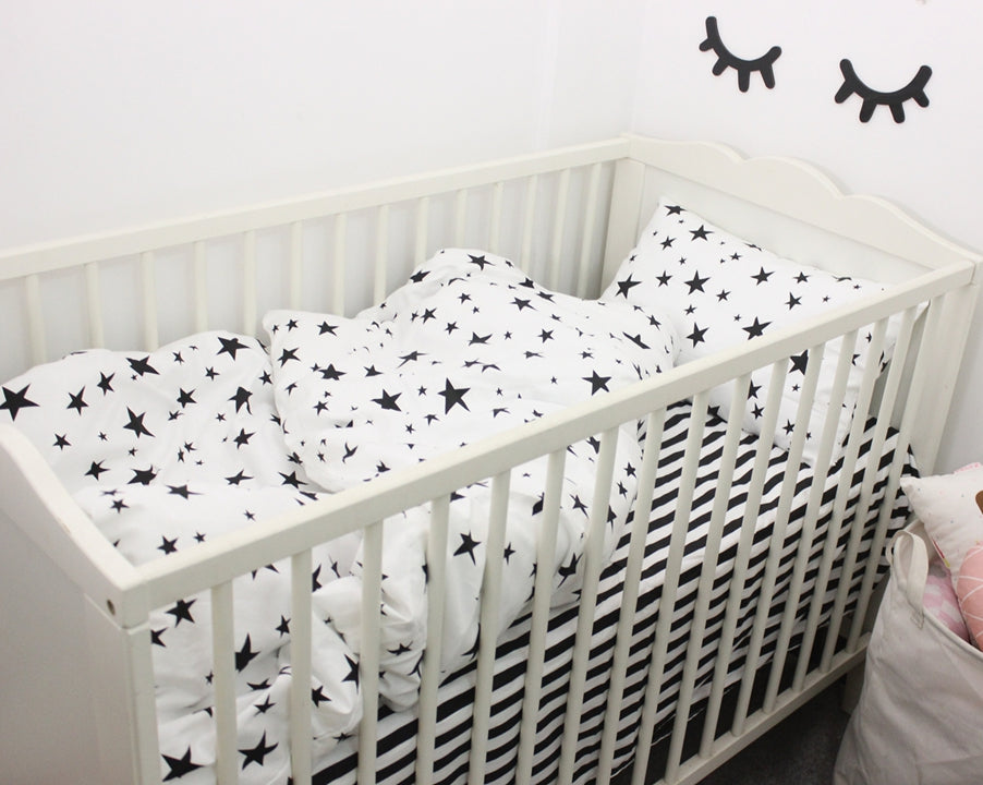 Black & White Stars 3pcs Baby Bedding Set