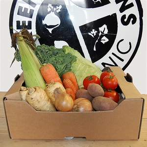 Star Spudded Family Staples Seasonal Vegetable Box