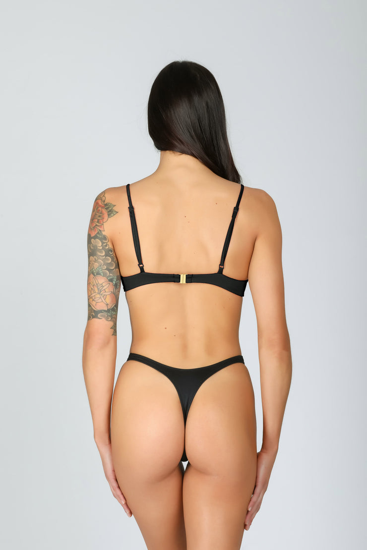 Zaira Top Deep Black: bikini top a balconcino nero 1
