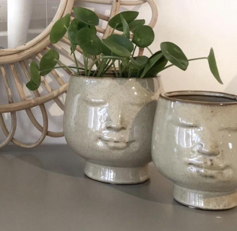 """Pout"" Face Pot - Small"