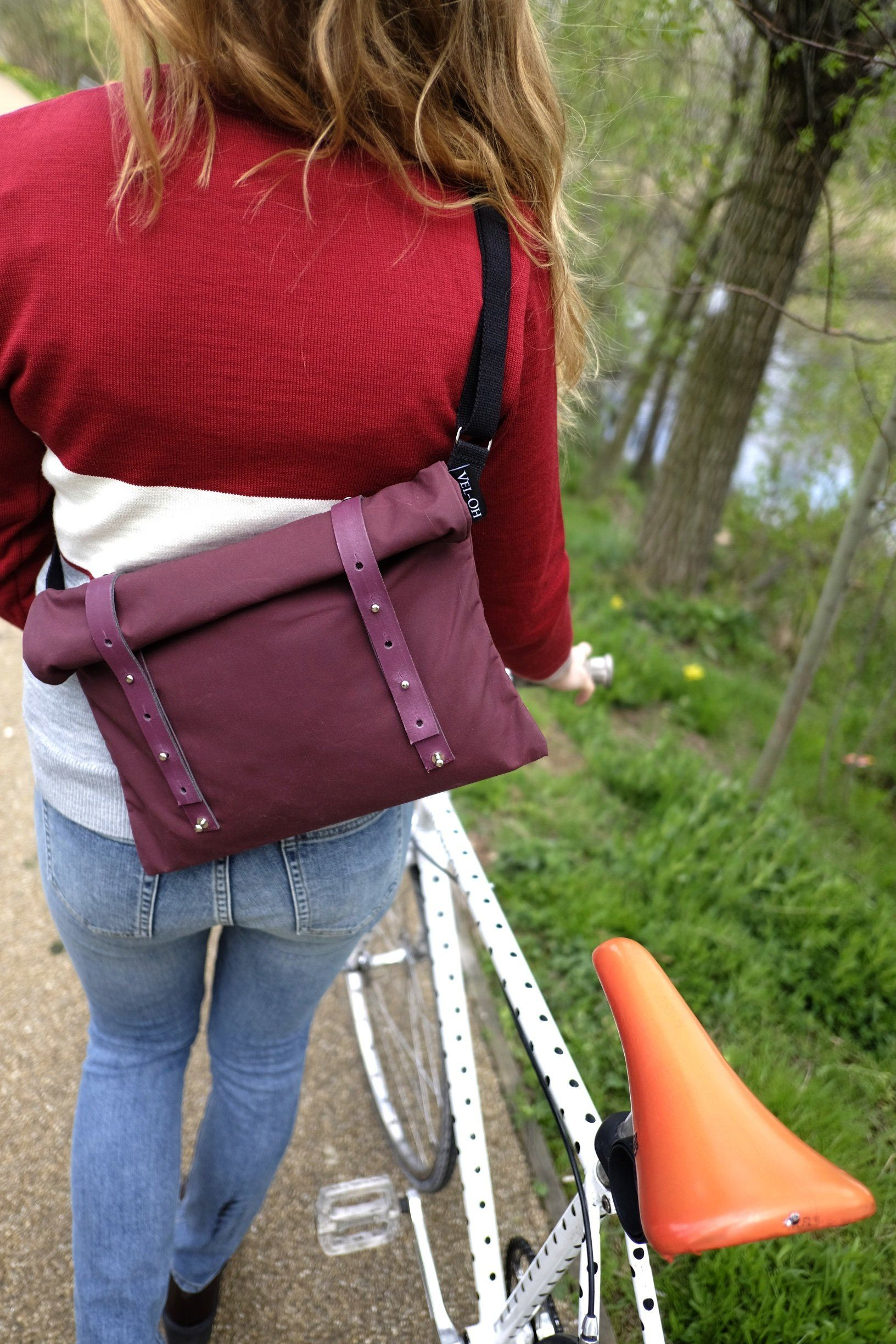 Nip Out Bag - Burgundy | Musette - Vel-Oh
